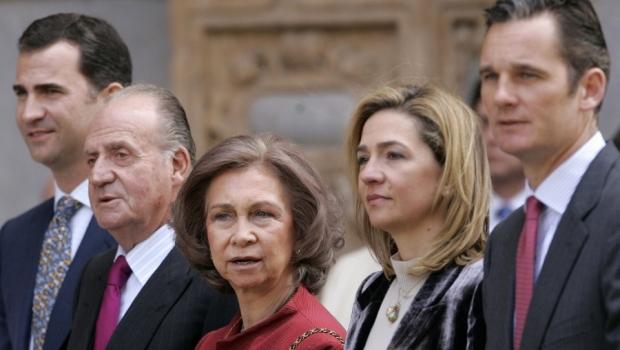 King Felipe VI, former King Juan Carlos, former Queen Sofia, Infanta Cristina, Inaki Urdangarin